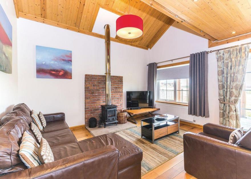 Dovetail Lodge