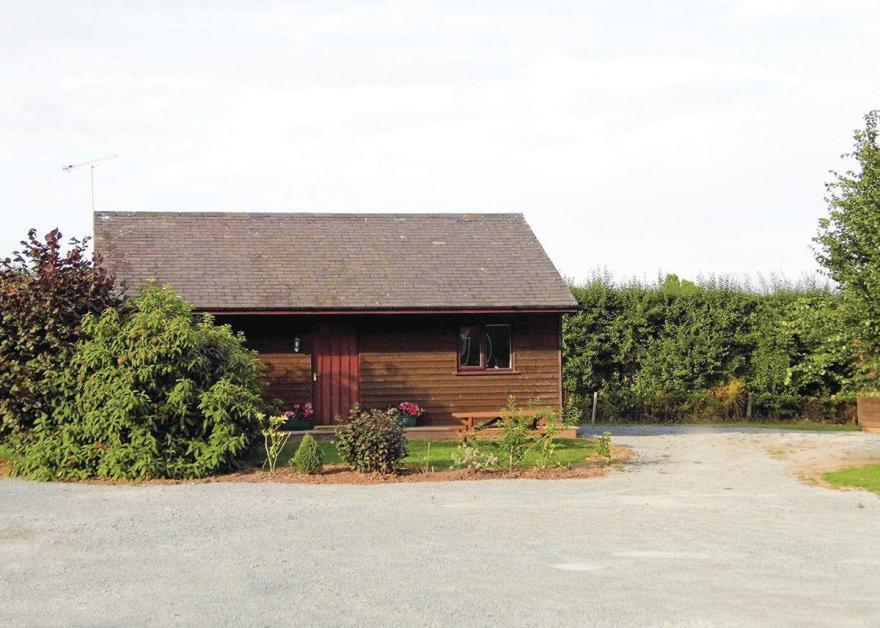 Ashperton Lodge