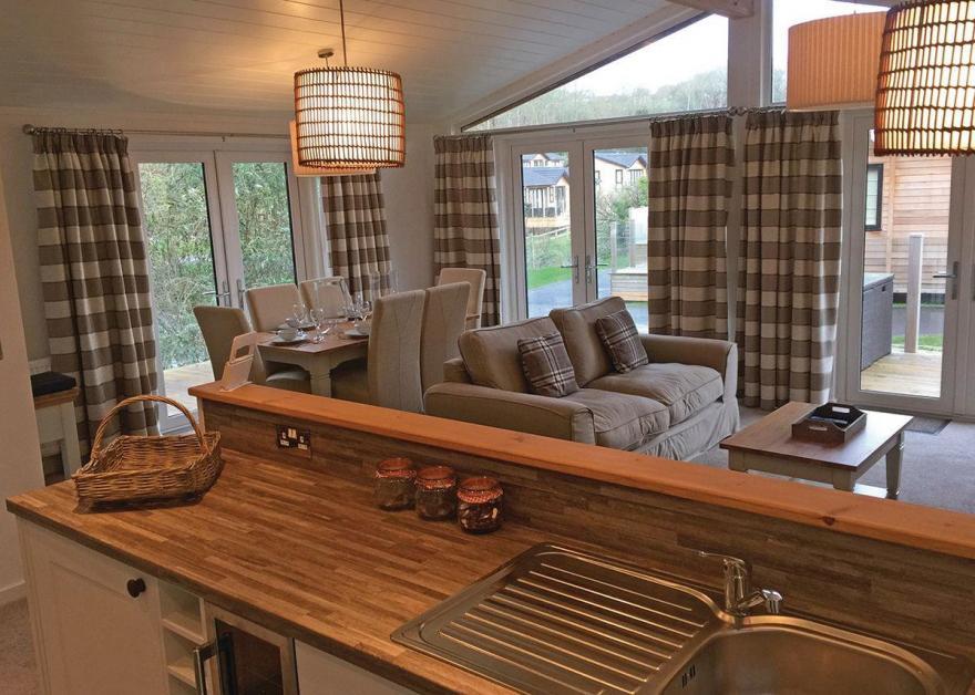 Cedar Lodge 9