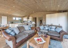 Oak VIP Lodge