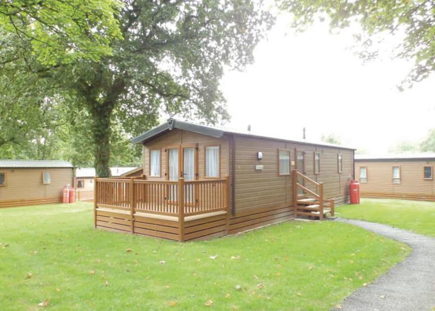 SI 2 Bed Gold Caravan Lodge (Pet)