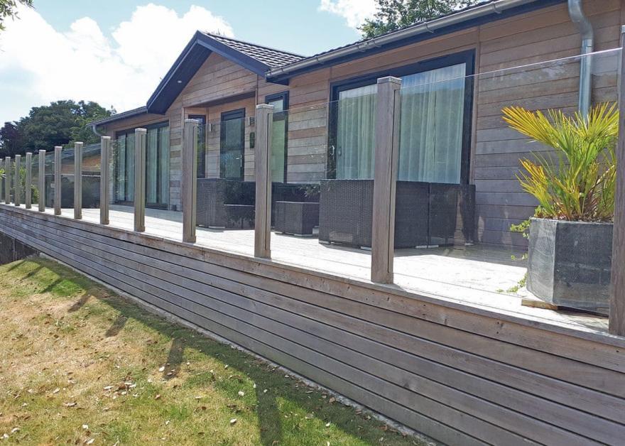 Oaks Lodge 7