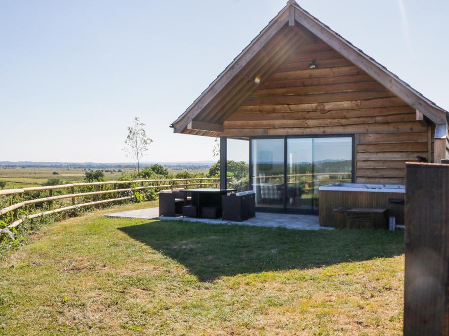 Heron Lodge Castle Farm