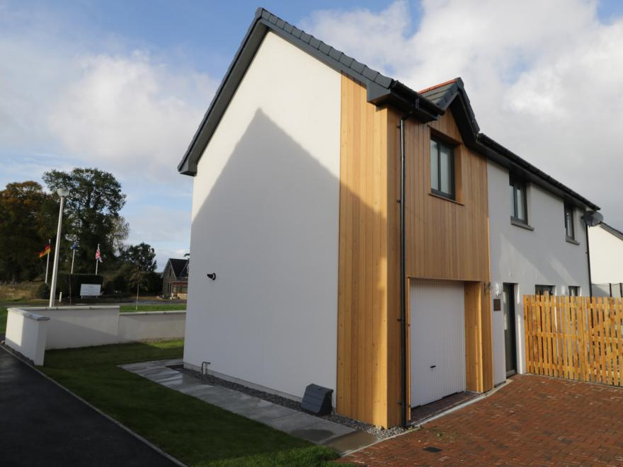 Cottages in Moray sleeping 8 (0+) - Aboyne, Forres