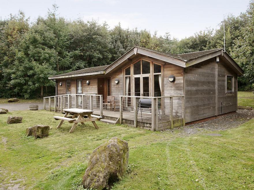Cedar Lodge-E3983