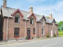 38 Holiday Rental Cottages, Apartments & Log Cabins near Broxburn ...