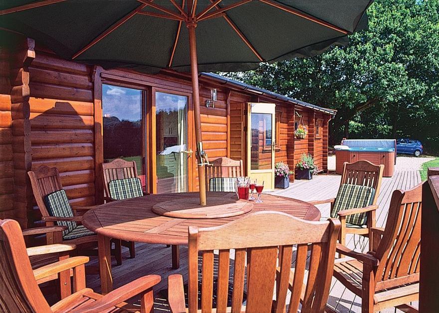 Cider Mill Lodge - HW7420