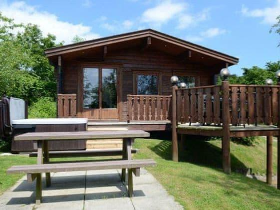 Barn Owl Lodge - Oakwood Lodges