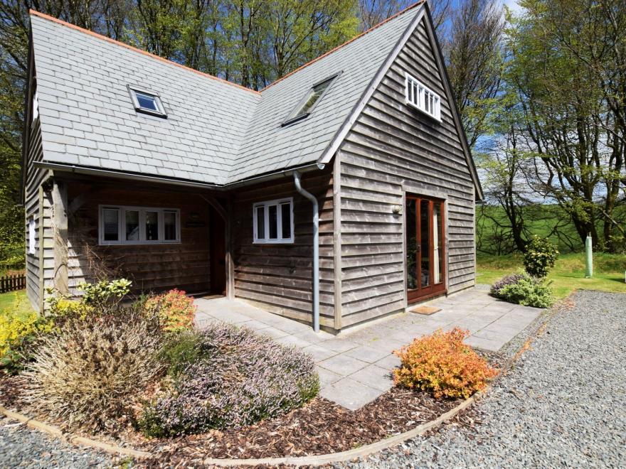 Log Cabin near Boscastle (5mls SE)