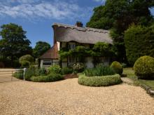 Cottage Near Lymington (2mls NW)