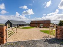 Barn Near Cleobury Mortimer (3mls SW)