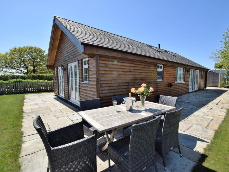 Log Cabin near Chester (10mls SE)