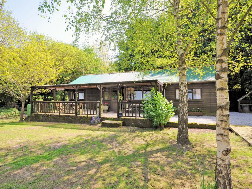Log Cabin near Shaftesbury