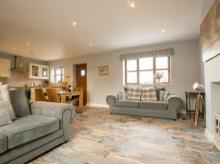 Cottage Near Chester (12 Mls S)