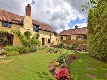 Cottage Near Taunton (2mls NW)