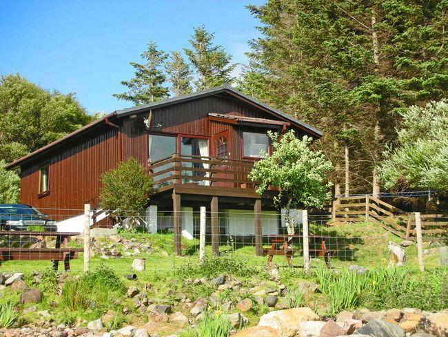 Log Cabin near Lochinver (1.5mls SW)