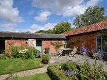 Cottage Near Haverhill (4mls S)