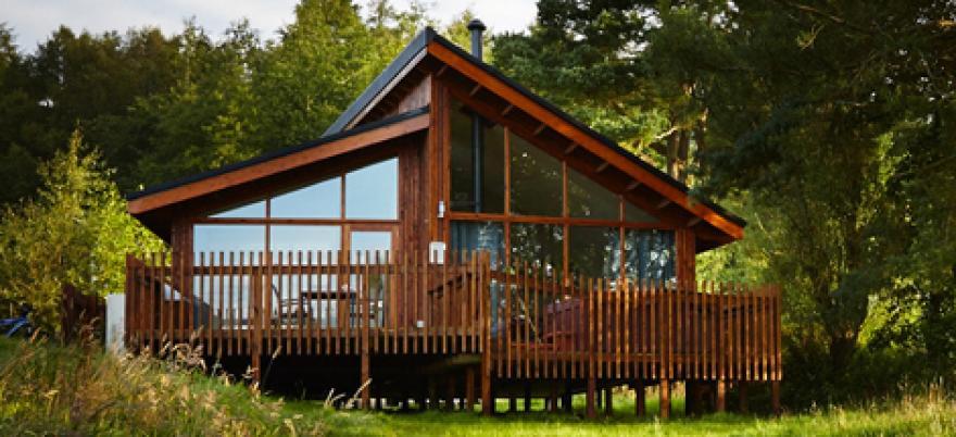 Golden Oak Lochside
