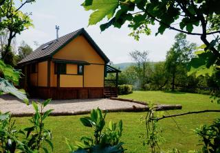 Ty Coed Eco Lodge with Hot Tub