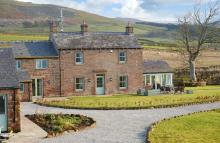 Todd Hills Hall Farmhouse & Vale Croft