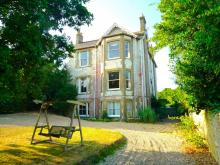 Appley Beach House Sleeps 19
