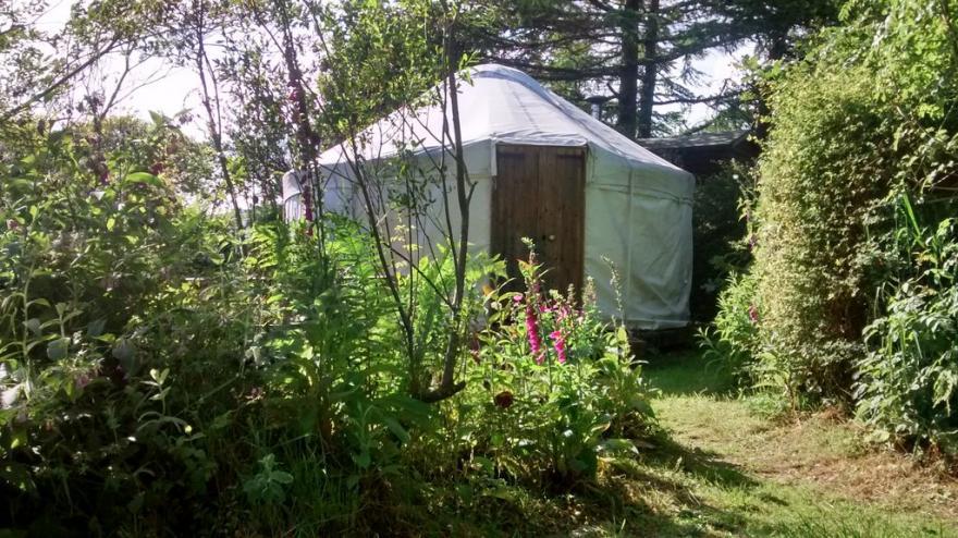 Idyllic Yurt With Woodstove