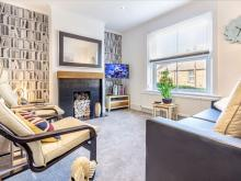 2 Bedroom - Farningham Road - Guest Homes, Caterham