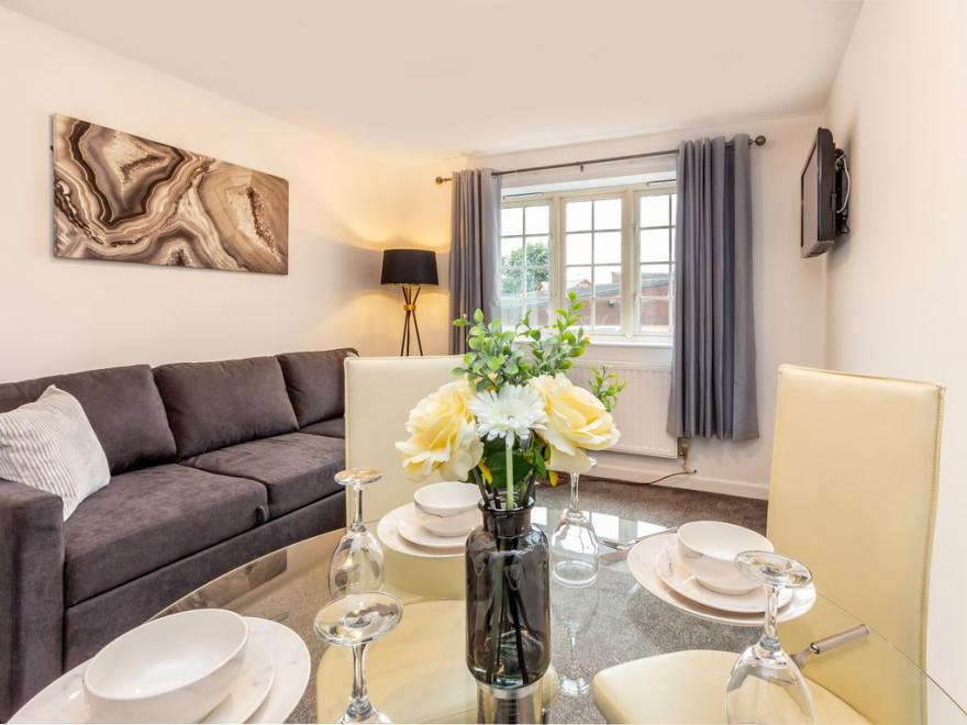 Asha Court Worcester – Guest Homes, Worcester