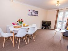 Comfort+ 2 Bed Serviced Apartment , Peterborough