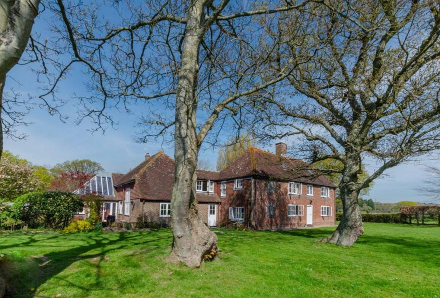 Hailsham Country House