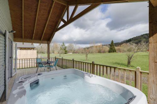 The Clover Lodge, Redlake Farm